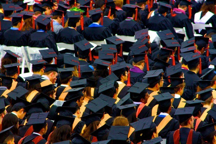Study Finds Unemployment Up for University Graduates