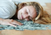 10 Ways to Earn Money While You're Sleeping