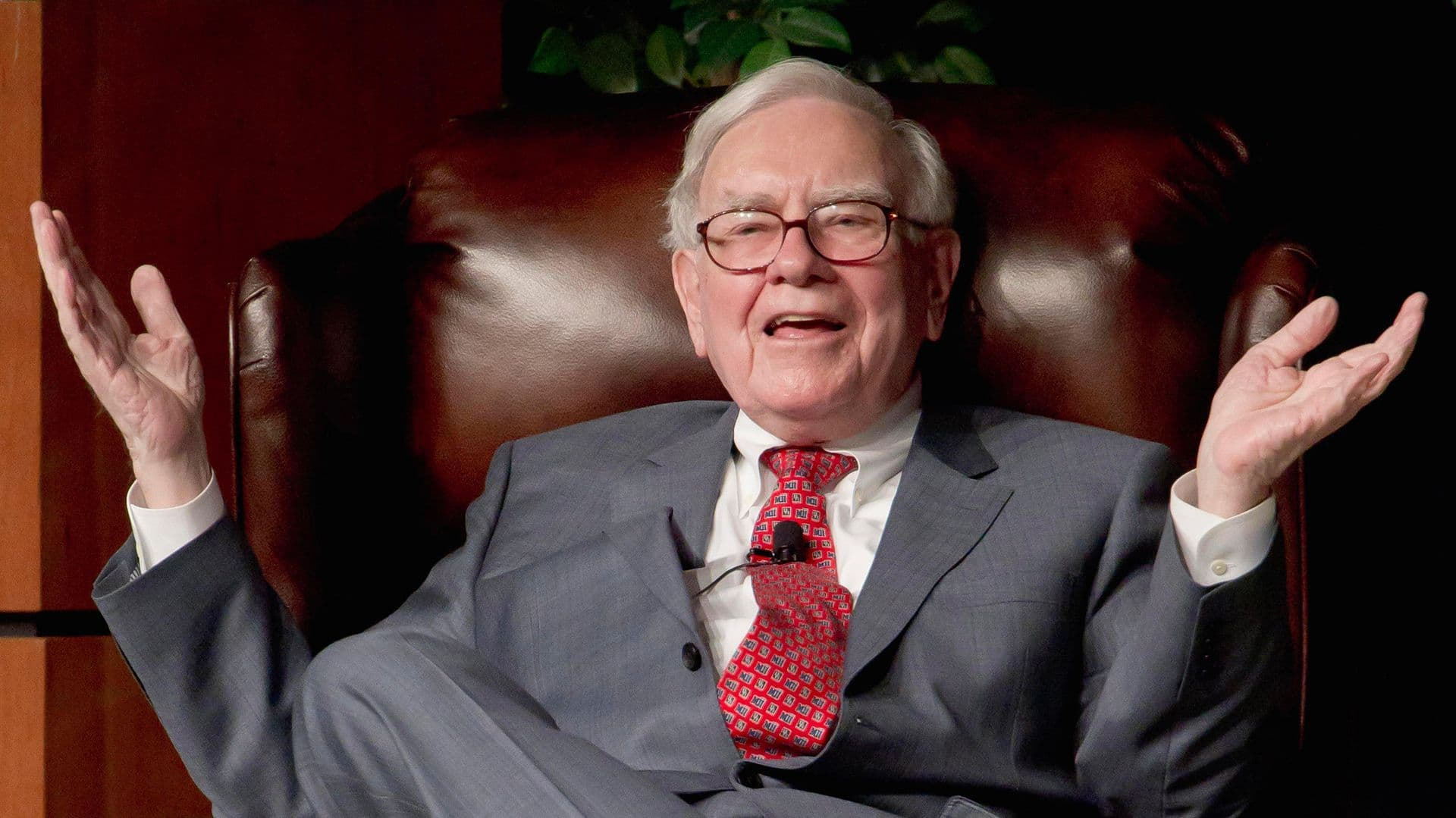 6 Stocks Warren Buffett Just Bought
