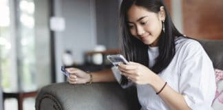 Best Credit Cards For College Students 2021