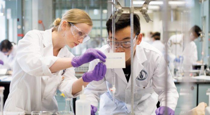 Best Biology Schools in Canada 2021