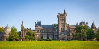 Best Political Science Schools in Canada 2021