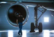 How to Become an Aeronautical Engineer